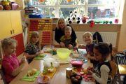Uczniowie klasy IC przygotowali zdrowe, kolorowe i pyszne sałatki owocowe